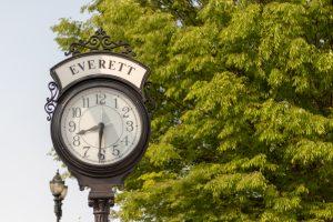 Everett clock sign
